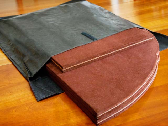 Table pad storage bag photo
