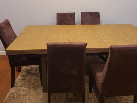 Rectangular dining room table protector pad, in caramel color