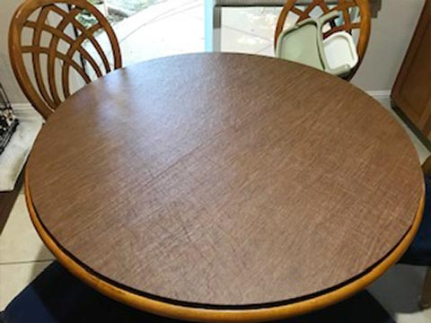 Round table pad