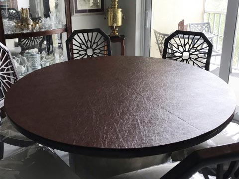 Circular table pad