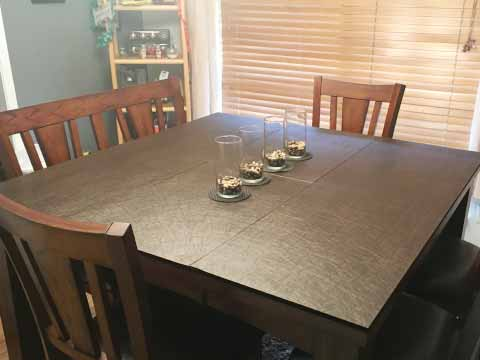 Customer's table pad: walnut brown